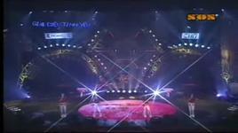 chia doi (clip) - mat ngoc