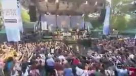 dj got us fallin' in love again (live) - usher