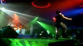 quay ve lam chi (live) - akira phan