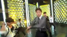 before u go (live) @ music core 9/4/2011  - dbsk