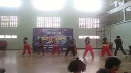 nu sinh ha thanh trong vu dieu nong bong (so khao hotsteps 2011) - kiddies