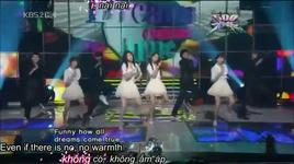 let it rain  - snsd