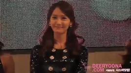 yoona's cute smile - snsd