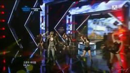 do you like that (m! countdown comeback stage 20/10/2011) - kim hyun joong