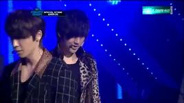 super man & a-cha & mr simple (m! countdown goodbye stage 13/10/2011) - super junior