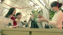 yoona cf - merry green christmas 2011 (full version) - yoona (snsd)