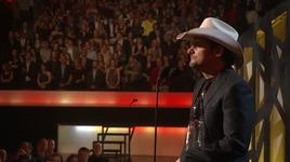 this is country music (cma awards '10) - brad paisley