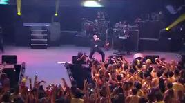 move shake drop (vevo live! carnival 2012) - pitbull
