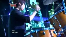 love musicbank in hong kong - cnblue