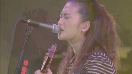 cruising ~how crazy your love~ 2012 (part 08/10) - yui