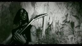 suffocating under words of sorrow (what can i do) - bullet for my valentine