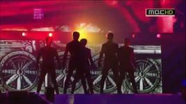 this is war and oh yeah (kpop music wave in kobe) - mblaq