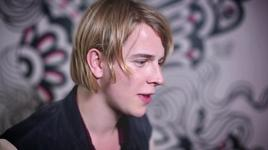on tour with tom odell (xperia access) - tom odell
