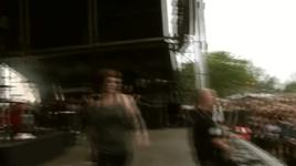 a trigger full of promises (hellfest open air 2010) - walls of jericho