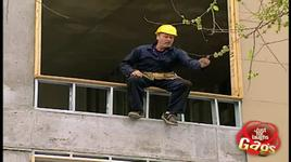 just for laughs gags - falling construction worker - vol 5 - v.a