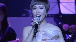 bai ca hy vong (in the spotlight) - nguyen thao, uyen linh