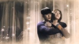 in front of the house - kim soo hyun