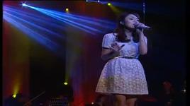 cuoi len em (bai hat viet liveshow thang 12/2012) - thai trinh