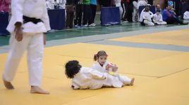 tran dau karate sieu de thuong - v.a
