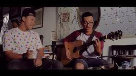 sut vao mat sep (live acoustic) - cam
