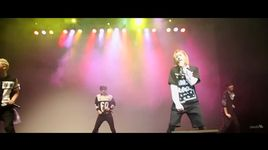 don't wear revealing clothing (the first love story live) - nu'est