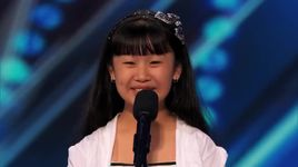 11-year-old opera singer stuns crowd with big voice (america's got talent 2014 - audition) - grace ann gregorio - v.a