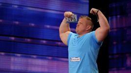strongman breaks a baseball bat (america's got talent 2014 - audition) - jd anderson - v.a