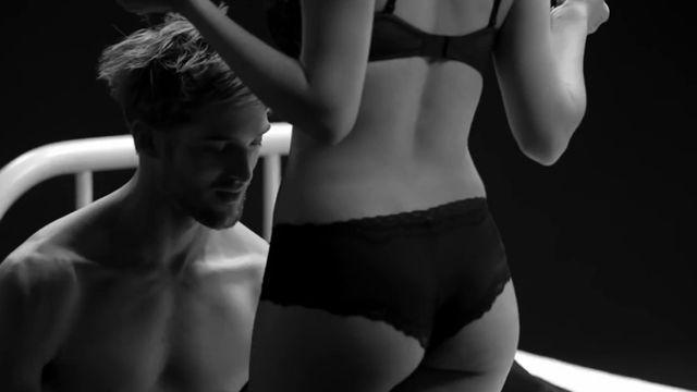 Ln U Tin Ci  Safe Sex Project - Va - Nhaccuatui-2078