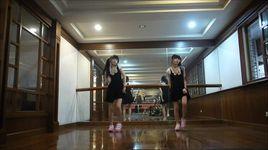 cap song sinh nhay the nay sao khong hot duoc - v.a