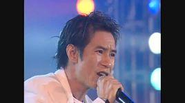 em co con yeu toi khong (live) - ly hai
