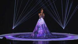feel the light (american idol performance) - jennifer lopez