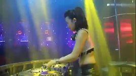 nonstop - live at new phuong dong - dj trang moon