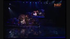tinh yeu dau phai tro choi (live) - tuan hung