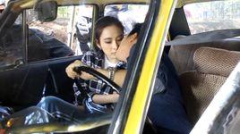 truong giang hon moi angela phuong trinh trong hau truong taxi em ten gi - truong giang, angela phuong trinh