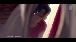 ao choang cua cong chua / 公主披风 - snh48