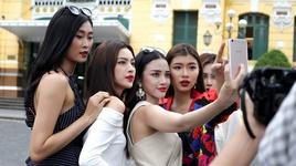 thu thach selfie tao ket noi (guong mat thuong hieu 2017 - tap 1) - v.a