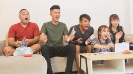 fap tv com nguoi - tap 126: xem bong da xua va nay - fap tv