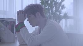 hug me (japanese version) - kim kyu jong
