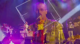 feel it still (live at amas 2017) - portugal. the man