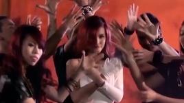 can mot ai do (i wanna dance) (karaoke) - dong nhi
