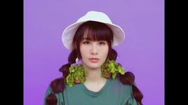 coriander together / 一起吃香菜 - tu tieu hoa (hana hsu)