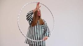 small circles - lisa bregneager