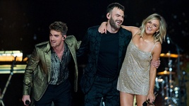 this feeling (live from the victoria's secret 2018 fashion show) - the chainsmokers, kelsea ballerini