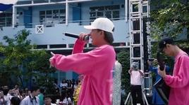 jack & k-icm khuay dao san truong thpt nguyen du bang ban live hit 'hong nhan' - v.a