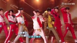 treasure (live) - cao gia lang (jg), luu ha tuan (liu zia jun), hau lap (hou li), du ban (eliot yu), tran uc giai (chen yu jia), doan hao nam (duan hao nan), van vu hang (wan yu hang)