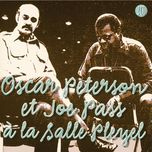 a la salle pleyel - oscar peterson, joe pass