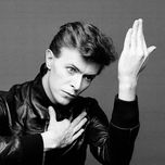 a starman waiting in the sky - david bowie