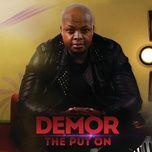 the put on - demor
