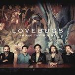 hung the moon (radio edit - live) (single) - lovebugs