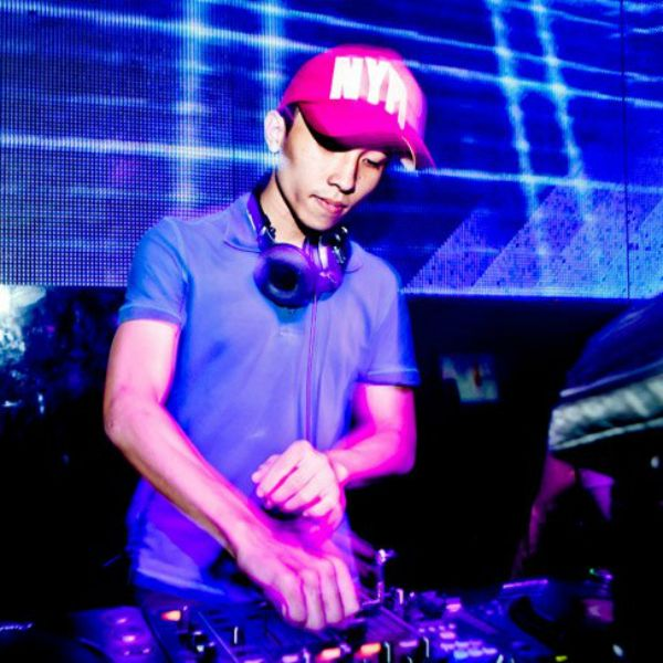Who The Hell Are You (Remix 2012) Loibaihat - DJ Khang Chivas